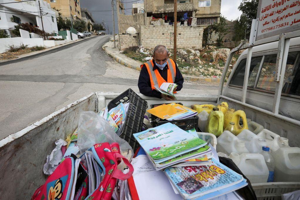 ابتکار شهروند اردنی برای استفاده بهینه از قرآنهای فرسوده