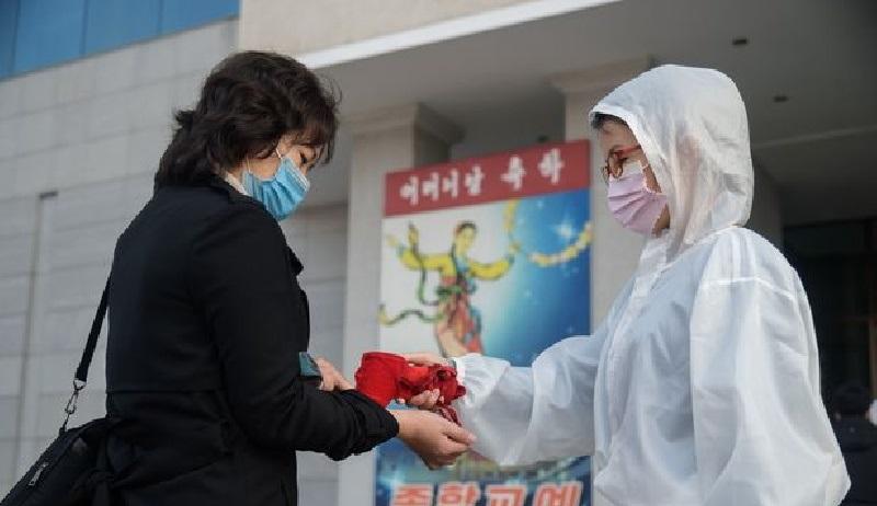 کره شمالی افراد مبتلا به کرونا را به زندان های قرنطینه منتقل می کند تا از گرسنگی بمیرند + عکس