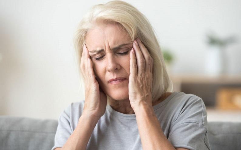 علل بروز سرگیجه گردنی + علائم و درمان