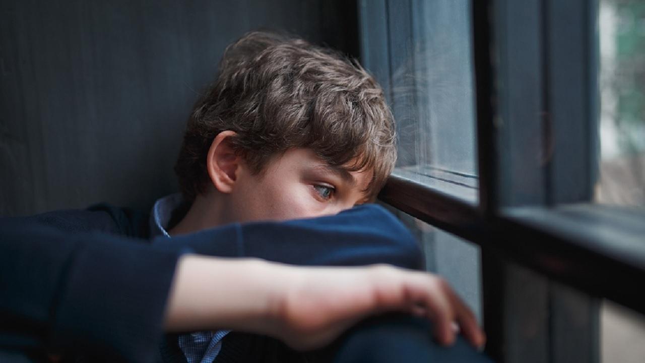 چگونه از ابتلای نوجوانان به افسردگی آگاه شویم؟