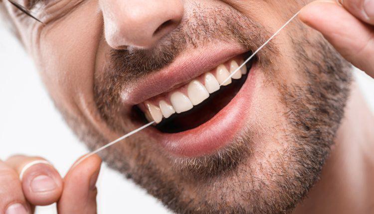 واقعا اگر از نخ دندان استفاده نکنید چه میشود؟