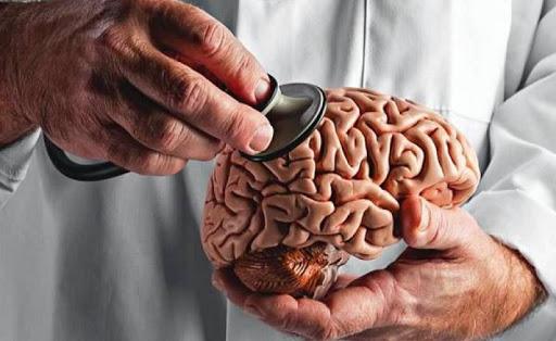 سکتۀ مغزی خاموش را جدی بگیریم