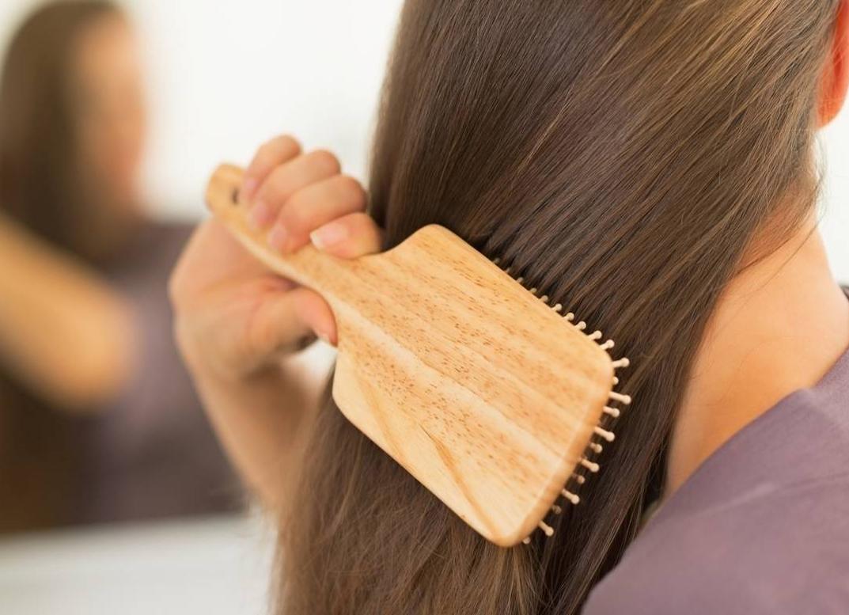موهایتان را با سرکه سیب پرپشت و محکم کنید