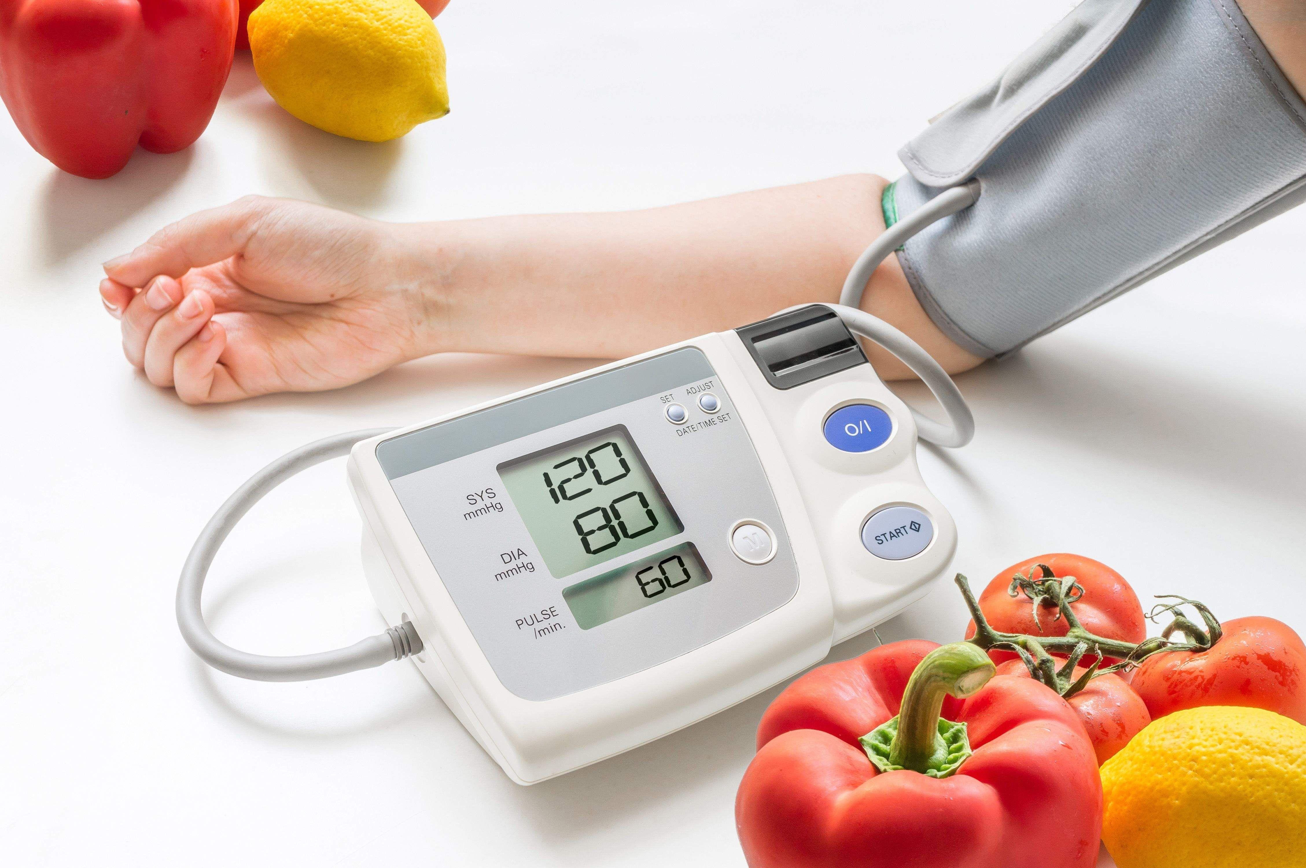 فشار خون نسبت به سن و سال+ جدول