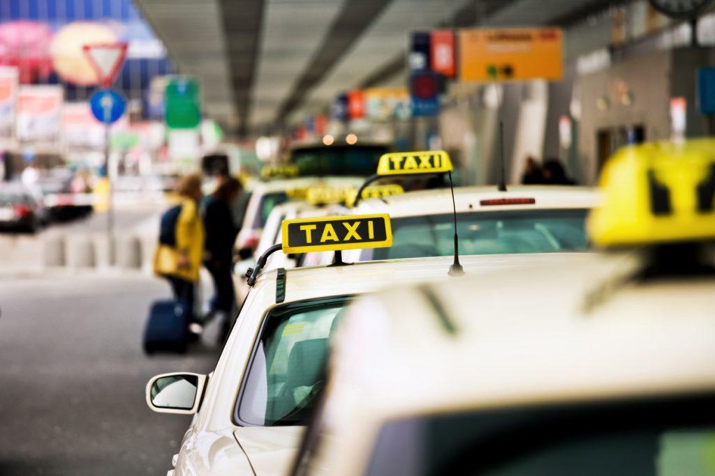 اختصاصی/ روشی ساده برای ایمنی از کرونا در مترو و تاکسی