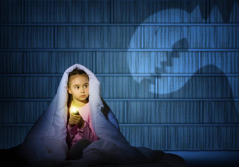 فوبیای کودکان هنگام خواب؛ علائم و روشهای پیشگیری از آن