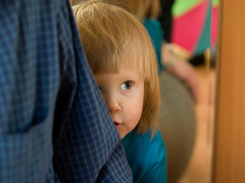 راهکارهایی طلایی برای درمان کودکان خجالتی