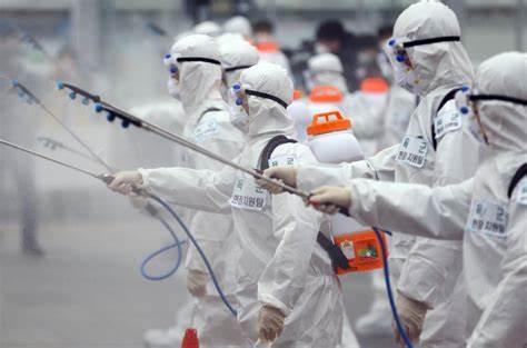 کروناویروس در هوا است؛ سطوح را رها کنید!