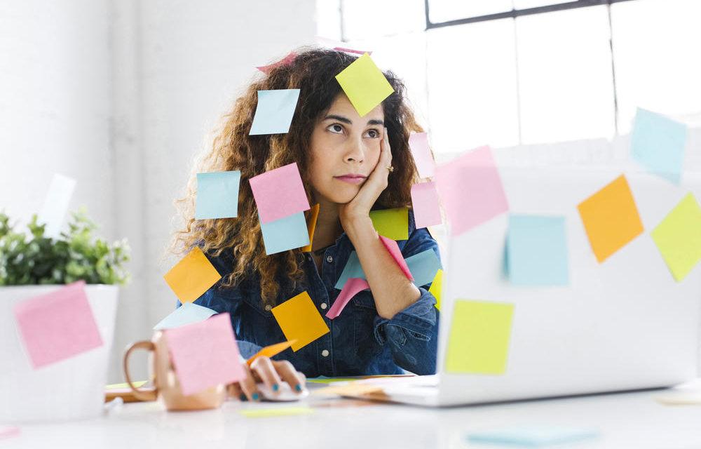 8  عادت اشتباهـی که  انرژی مغز را میگیرد | اختصاصی