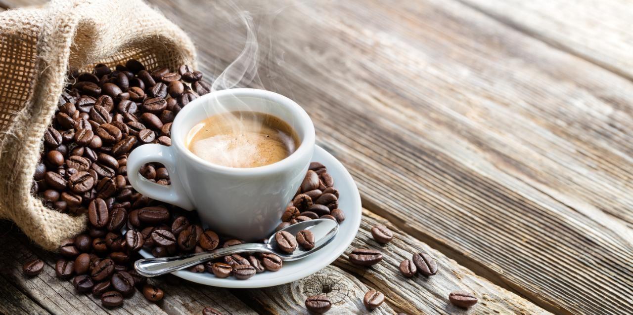 آیا قهوه بنوشیم یا خیر؟