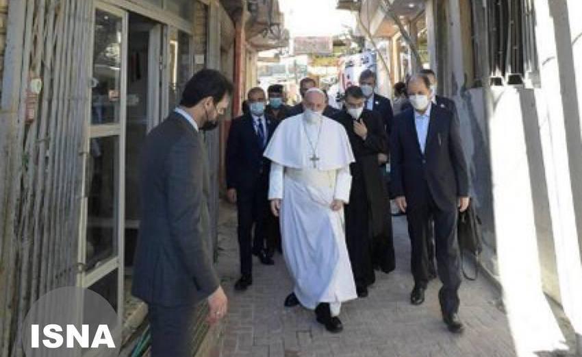 حضور پاپ در در ضلع جنوبی حرم حضرت علی (ع) + عکس