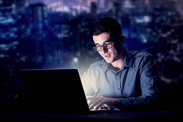 راه رهایی از سردرد مرتبط با کامپیوتر