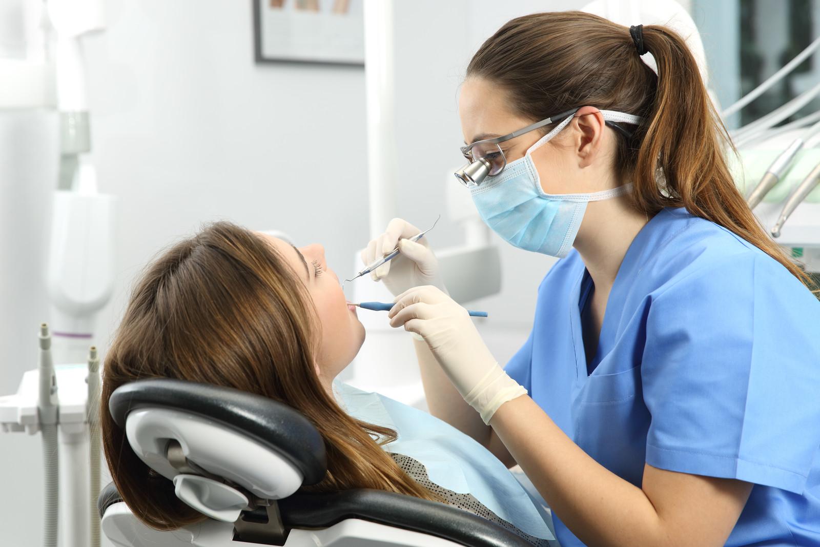 شرایط رفتن به دندانپزشکی در دوران کرونا