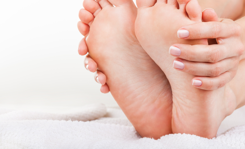 ترک کف پا را جدی بگیرید+ درمان