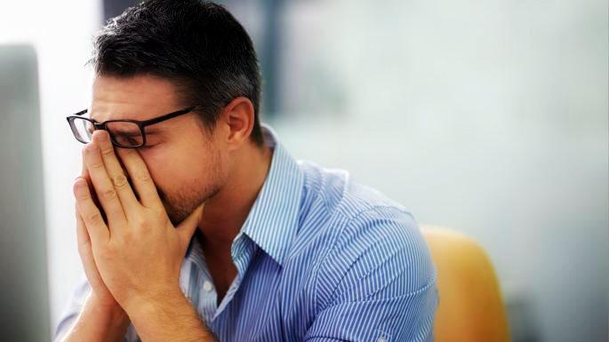 9 عادت اضطراب برانگیز