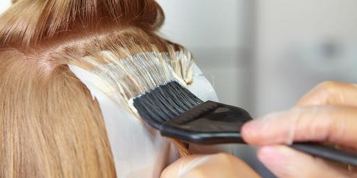 درمان های خانگی برای حساسیت به رنگ مو