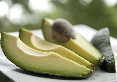این ۶ ماده غذایی پرکالری را با خیال راحت بخورید
