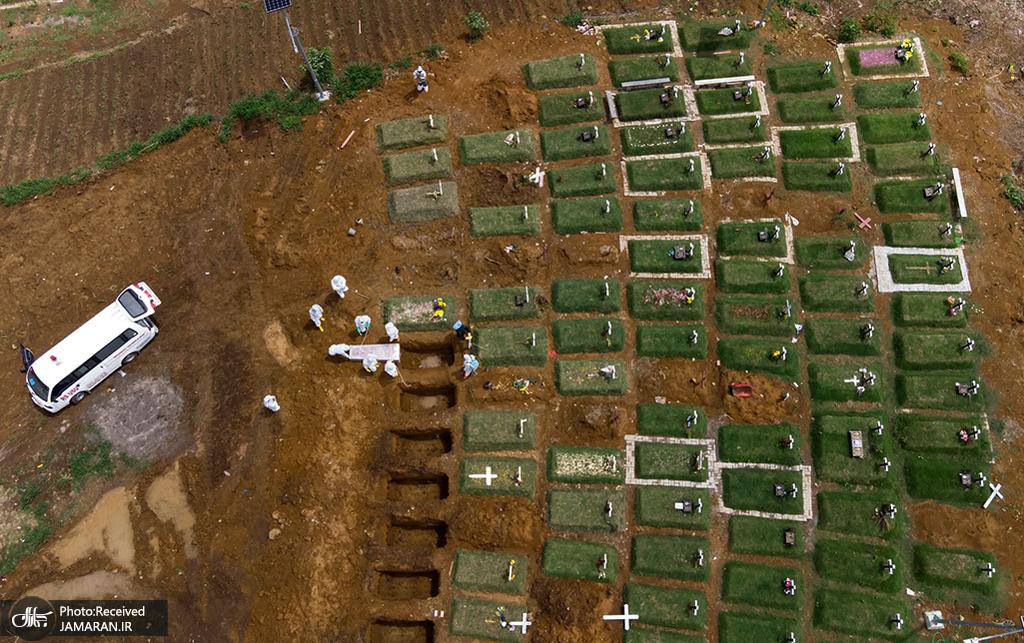 نمایی هوایی از گورستانی مخصوص قربانیان کووید 19 در اندونزی + عکس