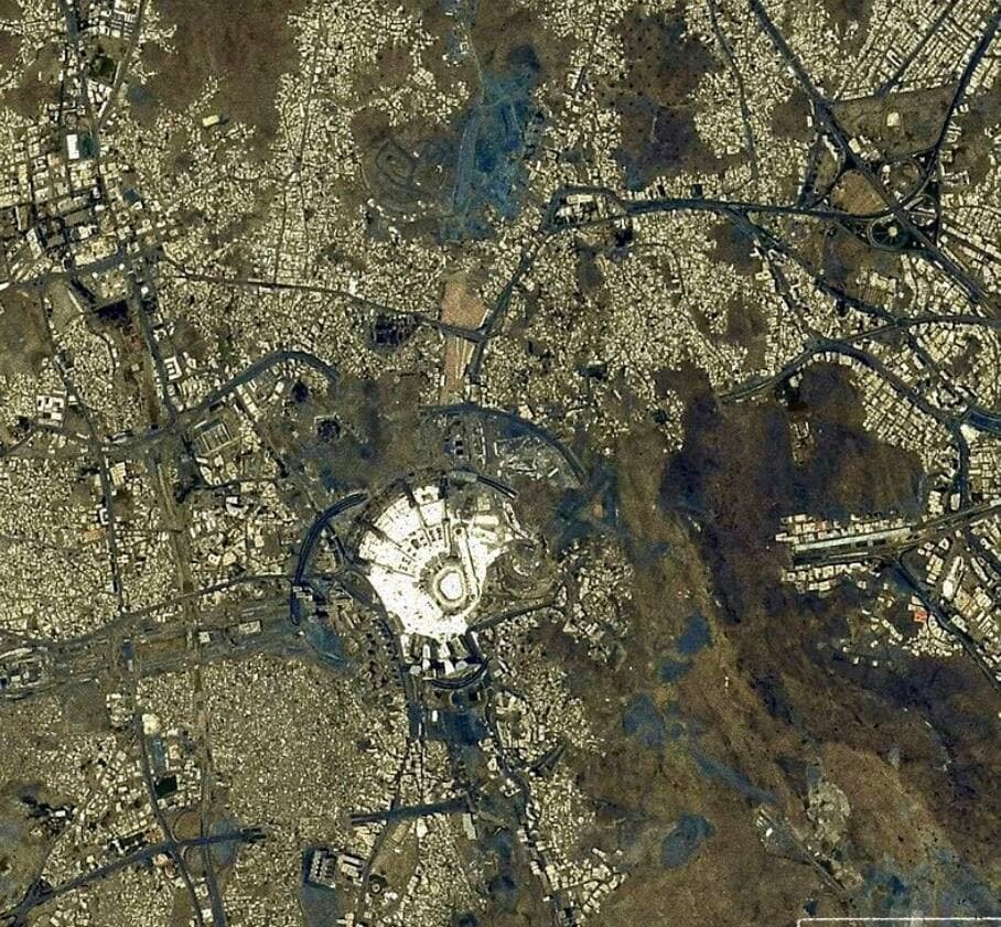 تصویر فضانورد ژاپنی از مکه مکرمه و مسجدالحرام + عکس