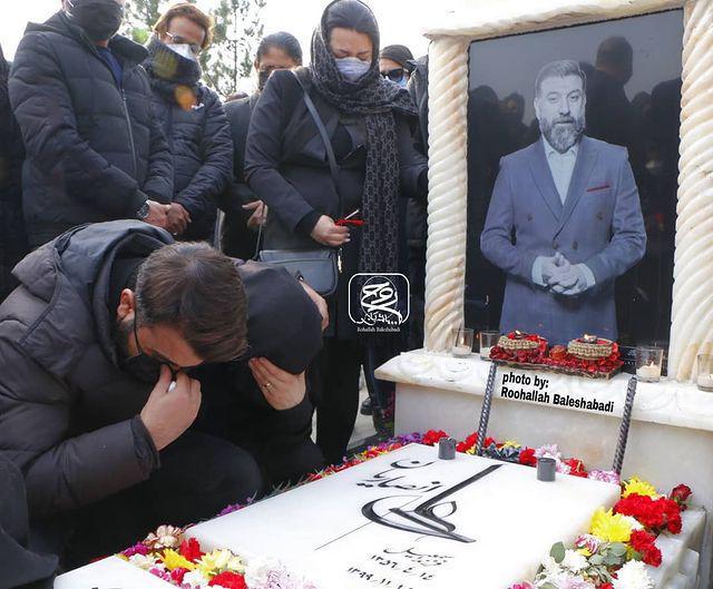 بی قراری خواهر علی انصاریان بر سر مزار برادرش + عکس