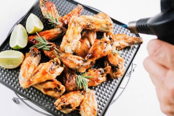 هشدار جدی در مورد مصرف بال و گردن مرغ !!!
