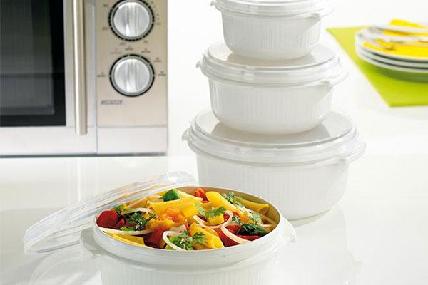 آیا استفاده از ظروف پلاستیکی در ماکروویو خطرناک است؟