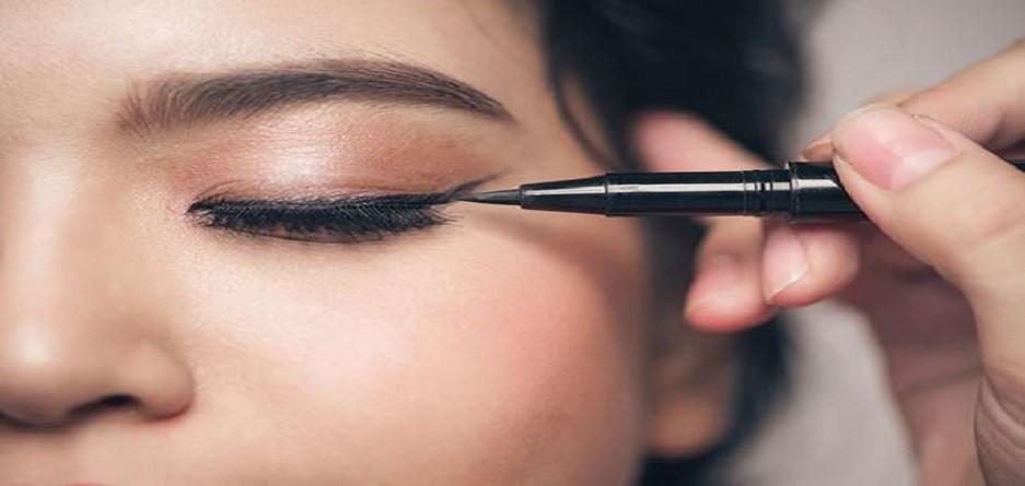 چگونه چشم با پلک های افتاده را آرایش کنیم؟