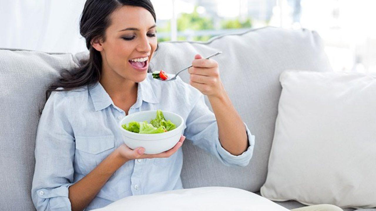 آیا مصرف مواد غذایی قلیایی باعث نابودی ویروس کرونا میشود؟