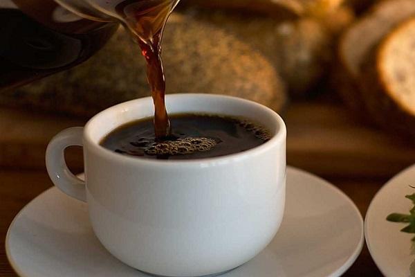 آیا قهوه باعث بالا رفتن فشار خون می شود؟