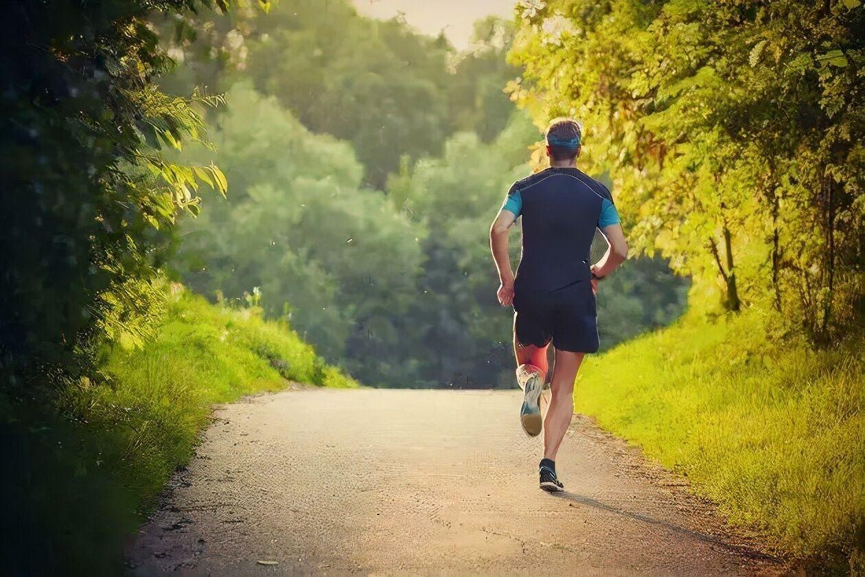 ۴ قانون پیاده روی برای حفظ و تقویت استحکام استخوان ها