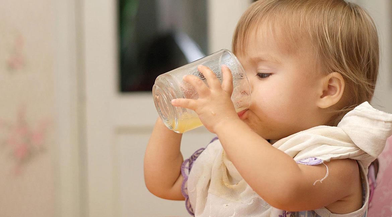 هشدار ؛ این خوراکی های بی خطر می تواند برای کودکان کشنده باشد