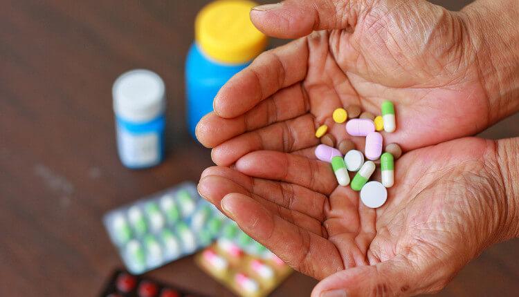 6 دسته دارویی که اشتباه مصرف می کنید