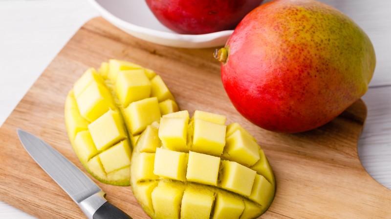میوه گرمسیری که به حفظ سیستم ایمنی و کاهش وزن کمک می کند