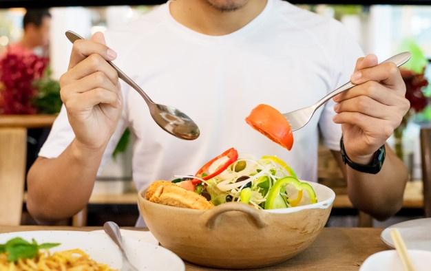 بدون تحمل گرسنگی وزن کم کنید