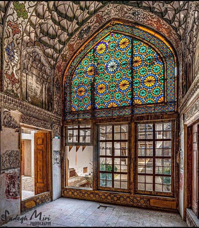 معماری زیبای خانه دکتر فاطمی در نایین + عکس