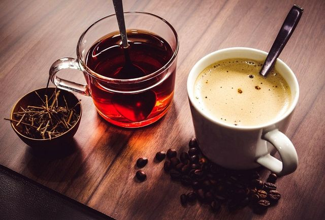 آسیب وحشتناک نوشیدن چای یا قهوه  در این شرایط