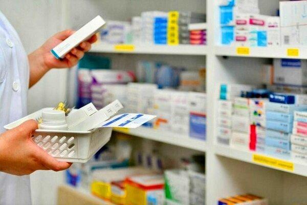 کمبود بیسابقه دارو در ایران طی ۱۵ سال اخیر/ مردم برای یک داروی ساده زخم معده، خیلی میگردند