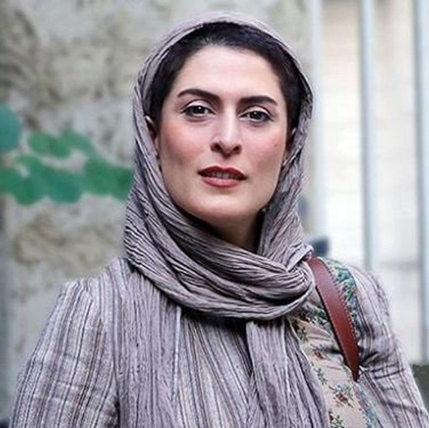 بهناز جعفری با لباس سربازی در یکی از نمایش هایش + عکس