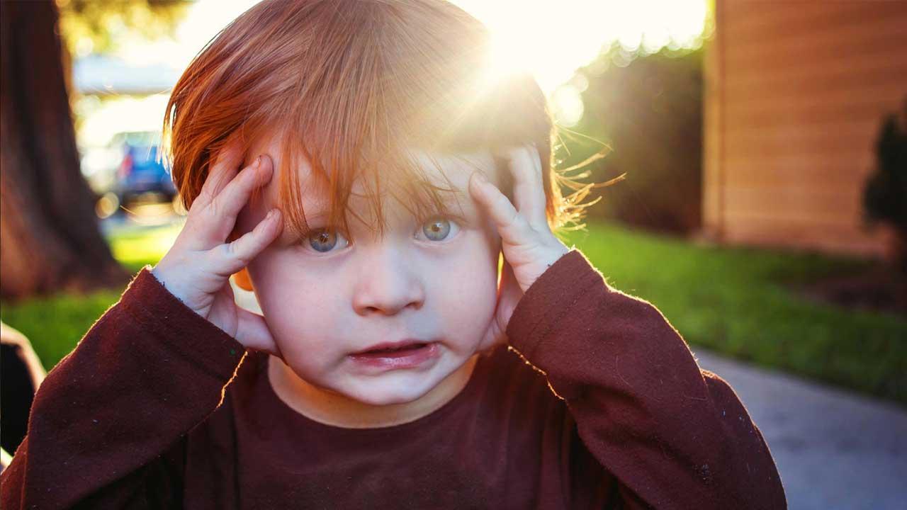 ازکجا بفهمیم کودکمان اضطراب دارد؟