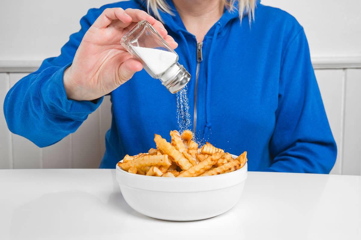 هشدار؛ این خوراکی ها سیستم ایمنی بدنتان را ضعیف می کند