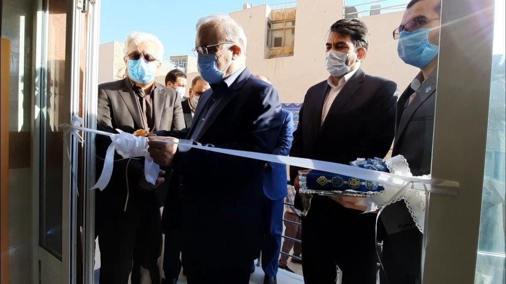 افتتاح  دو طرح بهداشتی و درمانی در  یزد توسط وزیر بهداشت