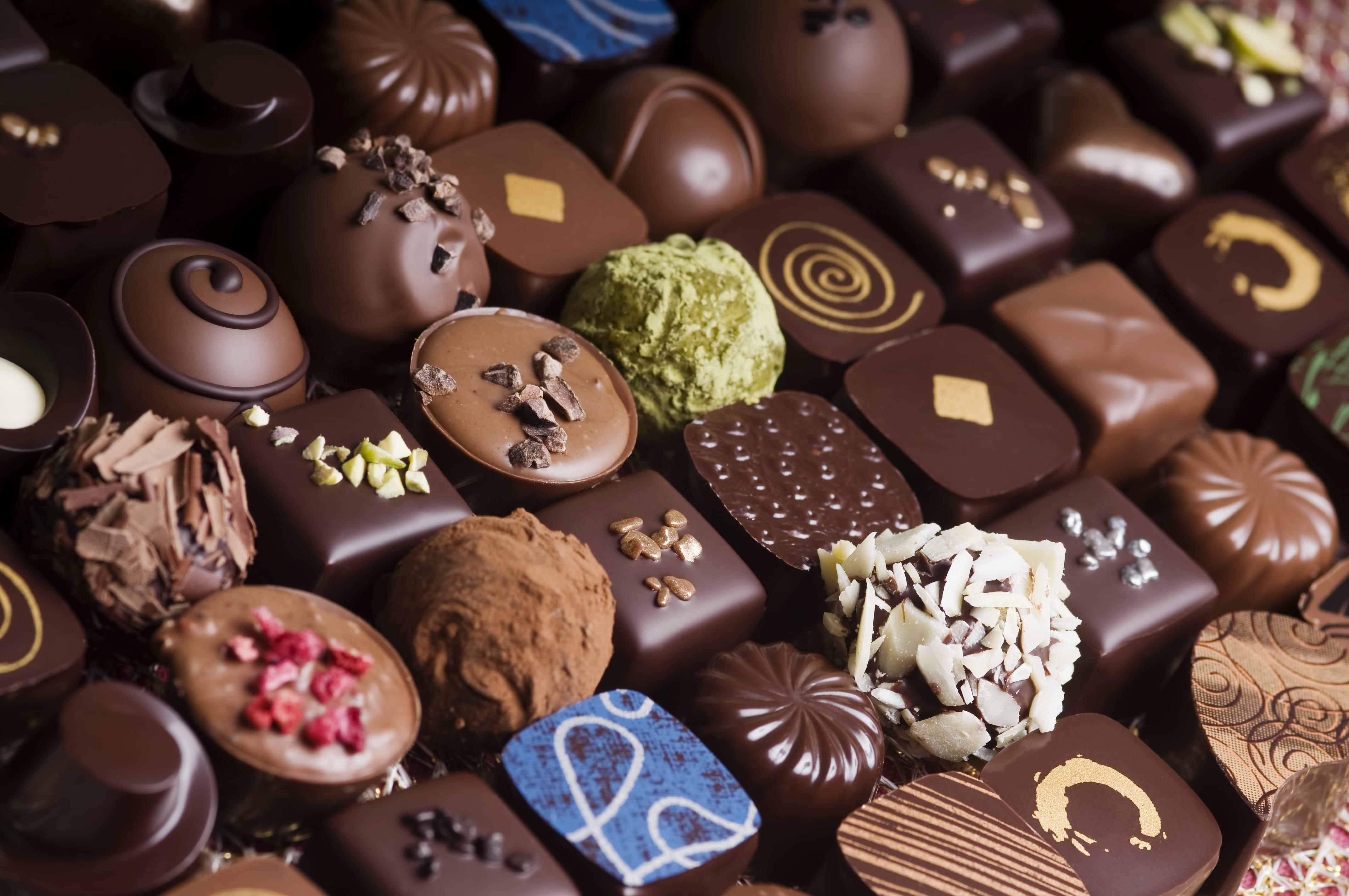 خوردن شکلات در این موقع منجر به چربی سوزی می شود!