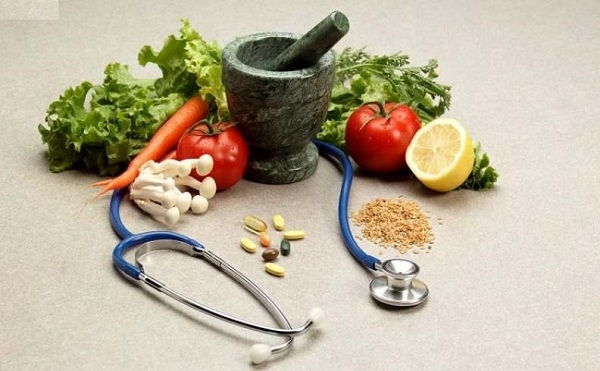 مشکلات گوارشی خود را با طب سنتی درمان کنید