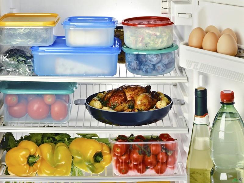 چگونه از غذای نگهداری شده در یخچال استفاده کنیم؟