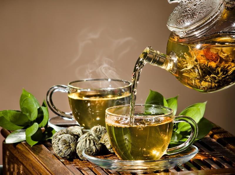 بخاطر این ۱۰ مزیت از چای سبز غافل نشوید