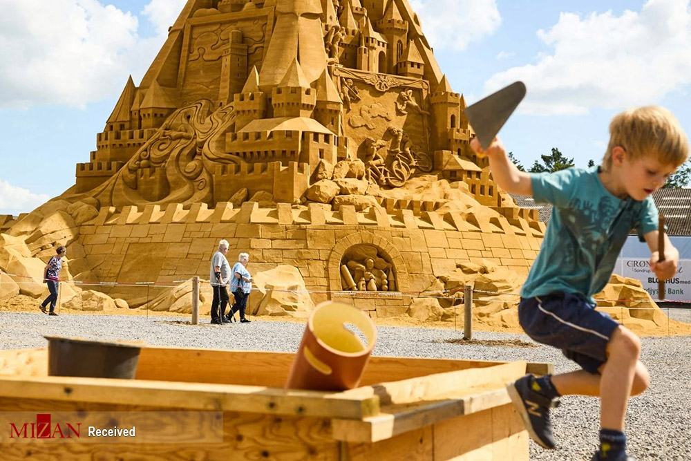 ساخت بلندترین قلعه شنی جهان در دانمارک + عکس