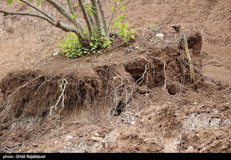 رانش زمین در روستای طیولا گیلان + عکس
