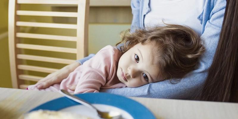 عوارض کرونا روی کودکان می ماند؟
