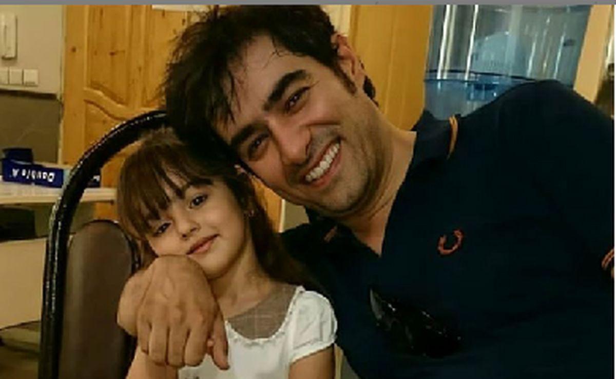 رستوران گردی شهاب حسینی و این دختر در آمریکا + عکس