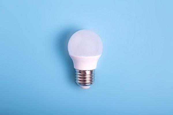 افزایش وزن در اثر تابش لامپ های ال ای دی نور سفید